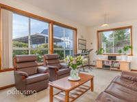 1/27 Cross Street, New Town, Tas 7008