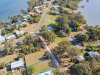 8 Wright St, Russell Island, Qld 4184