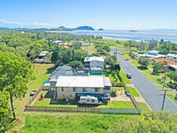 998 Scenic Highway, Kinka Beach, Qld 4703