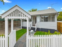 20 Lucy Street, Greenslopes, Qld 4120