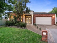 11 Belah Court, Thurgoona, NSW 2640