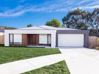4 Arkansaw Court, Brown Hill, Vic 3350