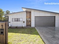 39 Woolabar Drive, Broulee, NSW 2537