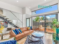 2/3 Blyth Place, Curtin, ACT 2605