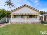 18 Darley Road, Umina Beach, NSW 2257