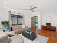 1/4 Agincourt Cl, Clifton Beach, Qld 4879