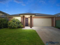 74 Waterford Drive, Miners Rest, Vic 3352