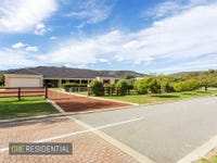 1 Harwood Pass, Darling Downs, WA 6122