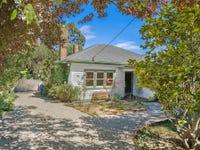 11 Templeton Street, Woodend, Vic 3442