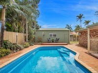 6 Dolphin Drive, Bucasia, Qld 4750