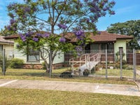 17 Glenrothes Place, Dharruk, NSW 2770