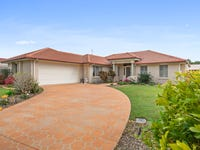 13 Lang Street, Pelican Waters, Qld 4551