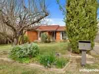 8 Heales Place, Curtin, ACT 2605