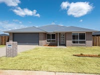 45 Magpie Drive, Cambooya, Qld 4358