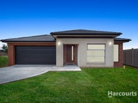 11 Clement Way, Melton South, Vic 3338