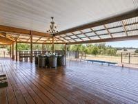 120 Tranquil Place, Stoneville, WA 6081