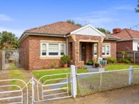 17 Woodlands Avenue, Pascoe Vale South, Vic 3044