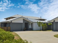 2/5 Bessy Close, Yamba, NSW 2464