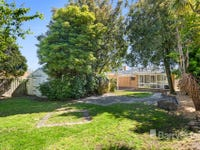 12 Mcmahons Road, Ferntree Gully, Vic 3156