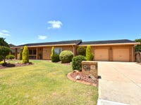 33 St Andrews Way, West Lakes, SA 5021