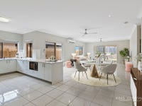 76 Mossman Parade, Waterford, Qld 4133