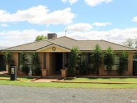 24 Charles Rigg Avenue, Parkes, NSW 2870