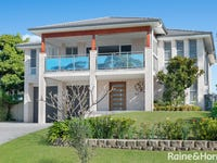 35 Bolt Street, Shoalhaven Heads, NSW 2535