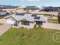 12 Carlyle Avenue, Llanarth, NSW 2795