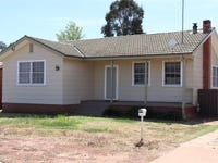 17 Dumaresq Street, West Wyalong, NSW 2671