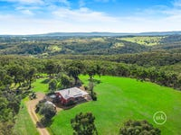 305 Ridge Road, Christmas Hills, Vic 3775