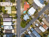18 Bardon Avenue, Miami, Qld 4220