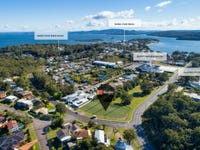 102/2 Bagnall Avenue, Soldiers Point, NSW 2317