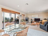 2/151 Hillsborough Drive, Nollamara, WA 6061