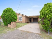 30 Clemenceau Crescent, Tanilba Bay, NSW 2319