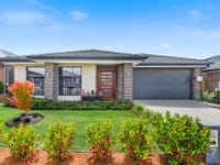 7 Colonnade Street, Clyde North, Vic 3978