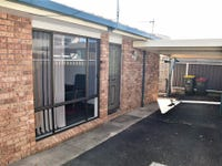 unit 2/377 Grey Street, Glen Innes, NSW 2370