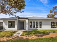 8 Hoods Road, Northfield, SA 5085