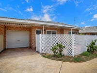 2/4 Comino Court, South Mackay, Qld 4740