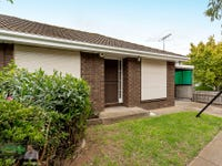 4/2 Railway avenue, Werribee, Vic 3030