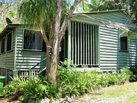 8 First Ave, Somerset Dam, Qld 4312