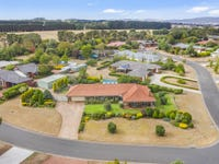 2 Wimera Close, Romsey, Vic 3434