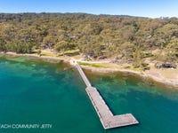 8 Nine Acres Way, Murrays Beach, NSW 2281