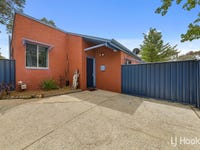11 Kelsall Place, Spence, ACT 2615