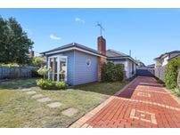 4 Nambet Court Bell Park Vic 3215 - House for Sale #127586094 ...