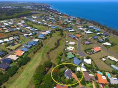 7 Majestic Place, Coral Cove, Qld 4670