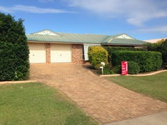 21 Peggy Drive, Coral Cove, Qld 4670