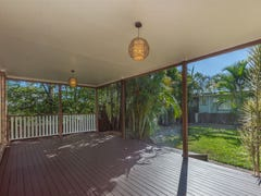 72 Stanley Road, Camp Hill, Qld 4152