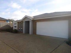 3/7 Clarence Pl, Tatton, NSW 2650