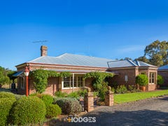 45 Dog Rocks Road, Batesford, Vic 3213