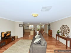 35 Bookleaf Loop, Halls Head, WA 6210